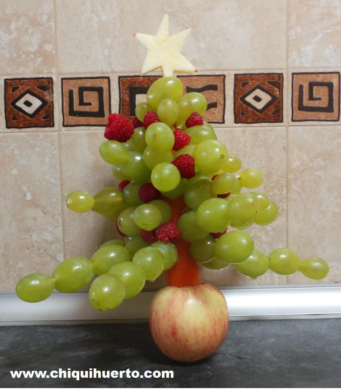 arbol-de-navidad-con-uvas-4
